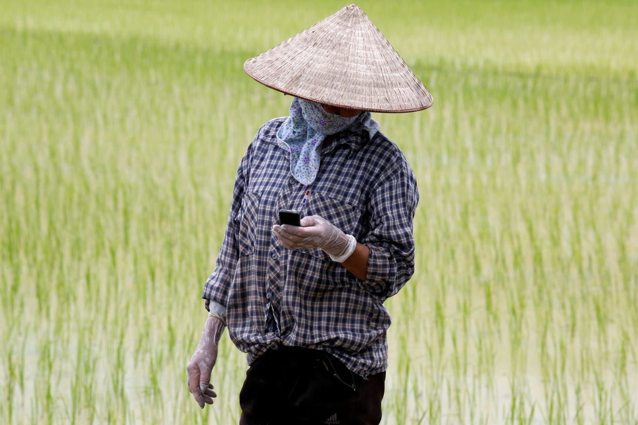 Donors back tech over aid to feed hungry world