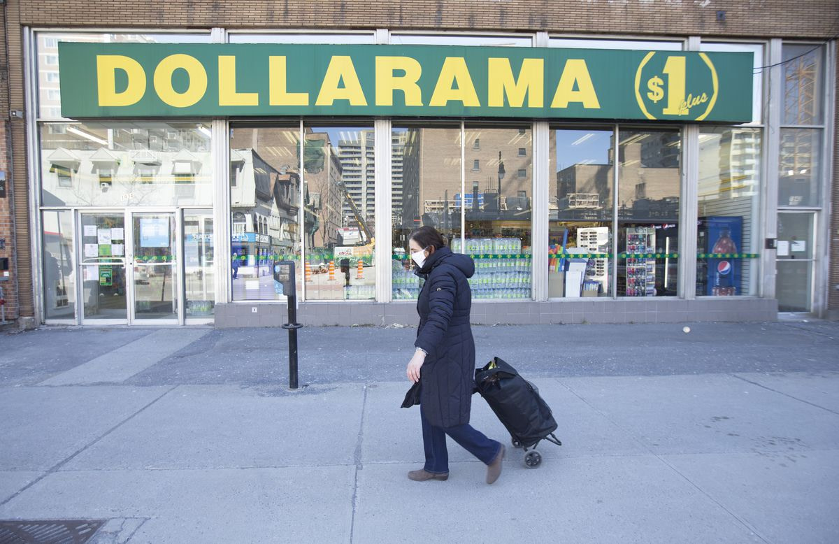 Dollarama sales top retailer's forecast as consumers stocked up on supplies – The Globe and Mail